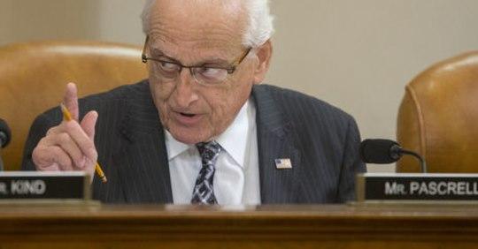 «Наш спільний ворог – Росія»: Конгресмен США заявив, що Вашингтон продовжить допомагати Україні, незважаючи на скандал