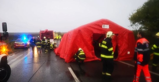 13 жертв, 20 раненых: Словакию потрясло страшное ДТП со школьниками. Фото