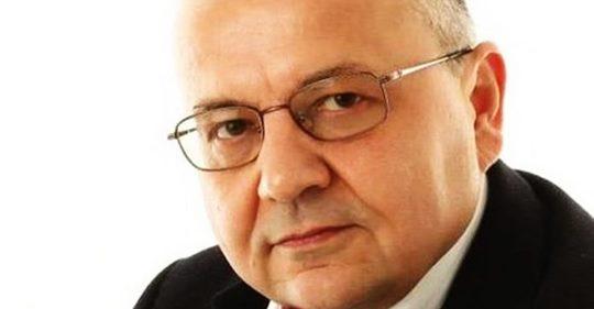 """Письменник: """"Тільки стіна! Нікого в"""" ДНР """"і"""" ЛНР """"ви не перевиховаєте. Вже всі зрозуміли: Донбас не годує, а жене порожняк."""""""