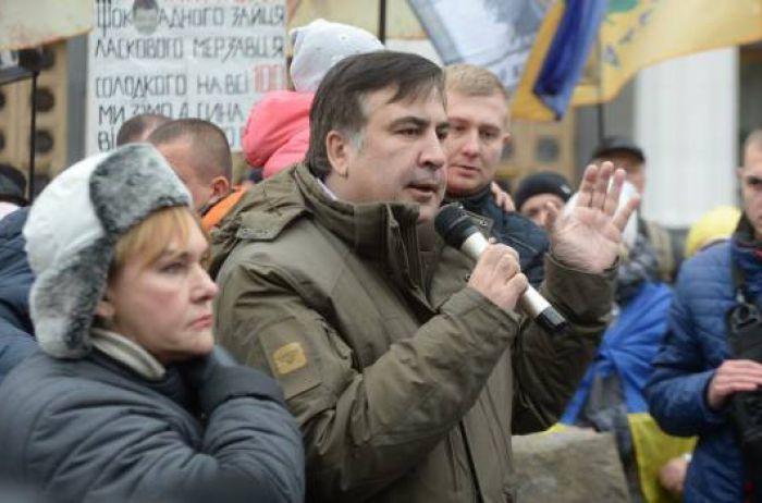 Проти Порошенко і Тимошенко Саакашвілі кличе на Михайлівську площу прихильників Зеленського!