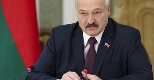 """Щойно!.. 12:00. """"Володя, зроби це негайно, бо отримаєш біду"""", – Лукашенко терміново звернувся до Зеленського через останні події"""
