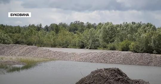 Буде біда, тисячі людей опиняться під водою: на Буковині гірська річка може змити десятки сіл…
